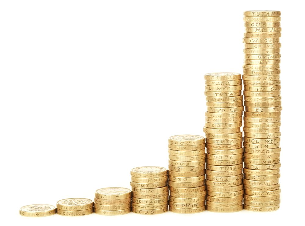 Mendapatkan penghasilan tambahan melalui bisnis sendiri, karena dapat   dilakukan disamping aktivitas pekerjaan atau pada saat bekerja pada   perusahaan (orang) lain.