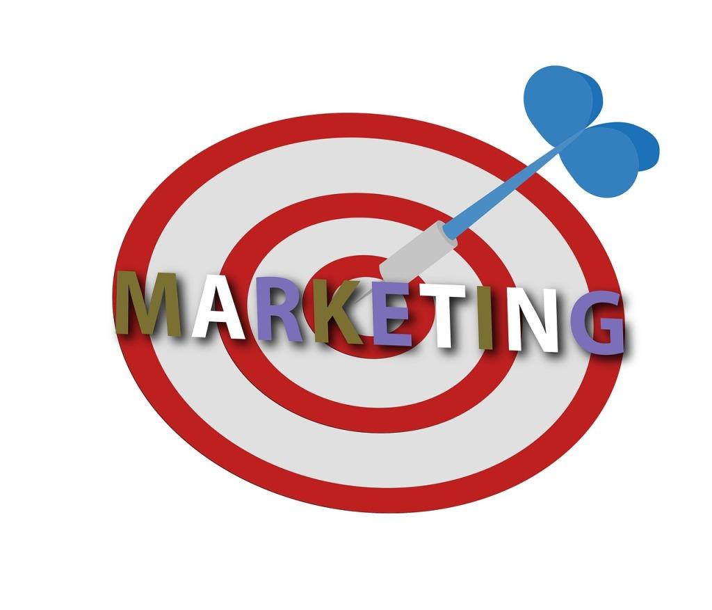 Pastikan diri Anda mampu mengembangkan pengetahuan untuk mengetahui target pasar yang ideal untuk Produk dan layanan Anda.